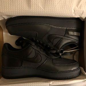 Nike Air Force 1 GTX Black Size 7 in Men's